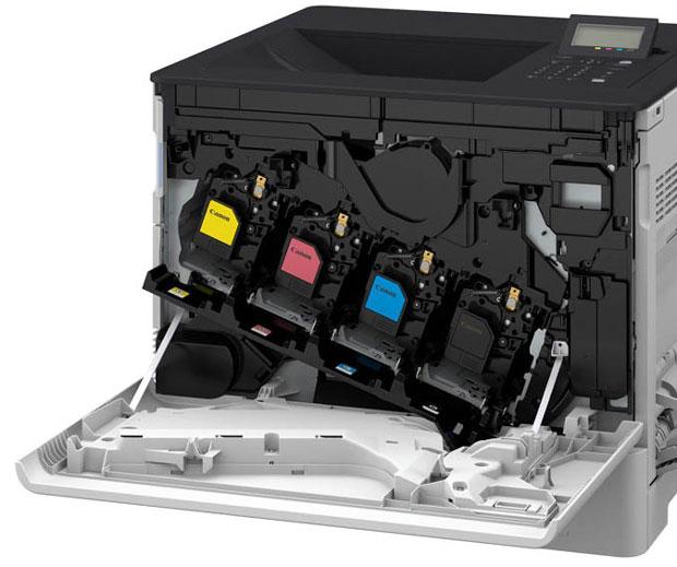 Geöffneter Canon-Drucker für Tonerwechsel