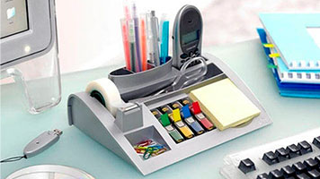 Schreibtischorganizer mit Haftnotizfach