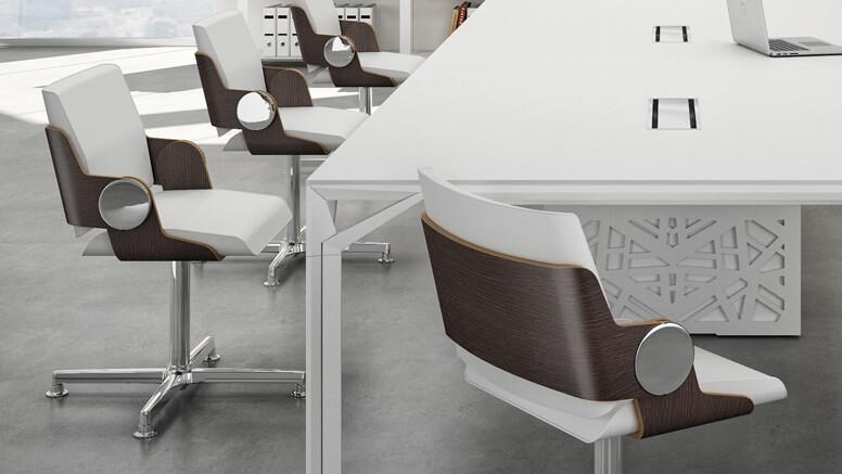 Schicke weiße Design-Konferenzstühle aus echtem Leder